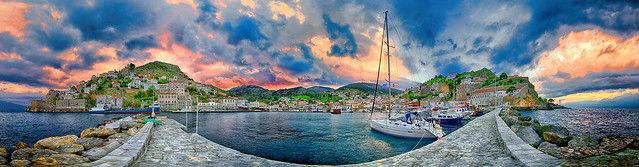 Winter sunrise at Hydra panorama