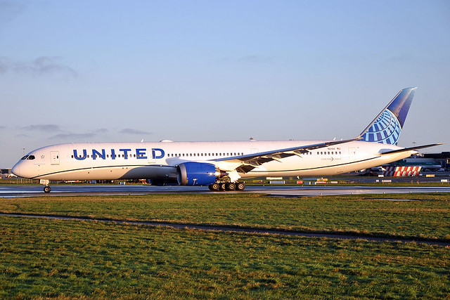 N12010  B787-10  United Airlines- (New Colours)