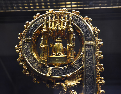 Oxford, Ashmolean Museum, crosier of Bp. Fox, detail