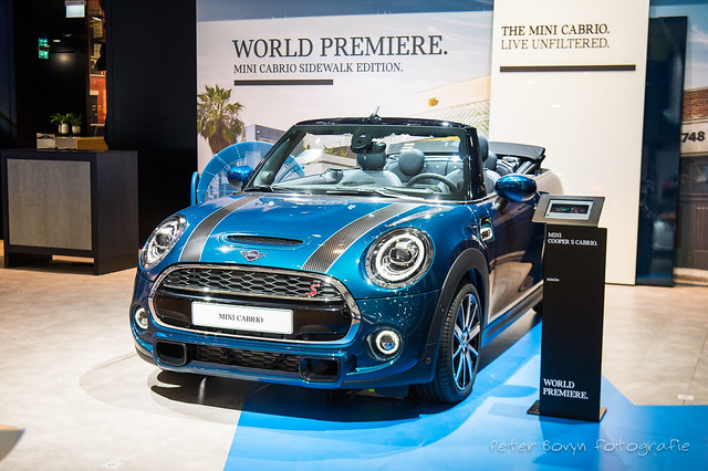 Mini Cabriolet Sidewalk Edition