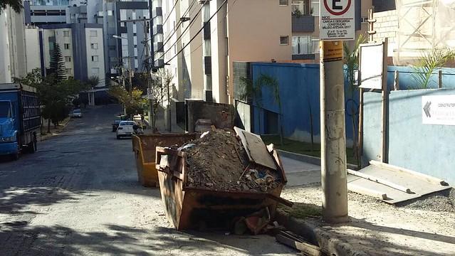 17/01/2020. PBH intensifica a fiscalização de caçambas em toda a cidade. Fotos: Divulgação/PBH
