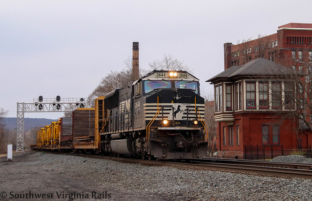 NS 052. Huntingdon, Pa.