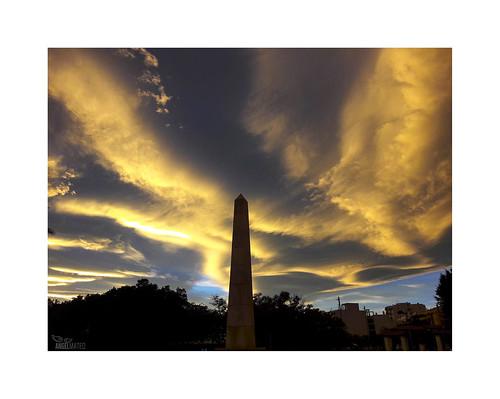 ángelmartínmateo ángelmateo elejido almería españa cielo nubes atardecer ocaso sky clouds sunset obelisco obelisk covid19 coronavirus entiemposdifíciles indifficulttimes