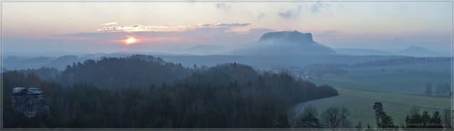Sonnenaufgang auf dem Rauenstein