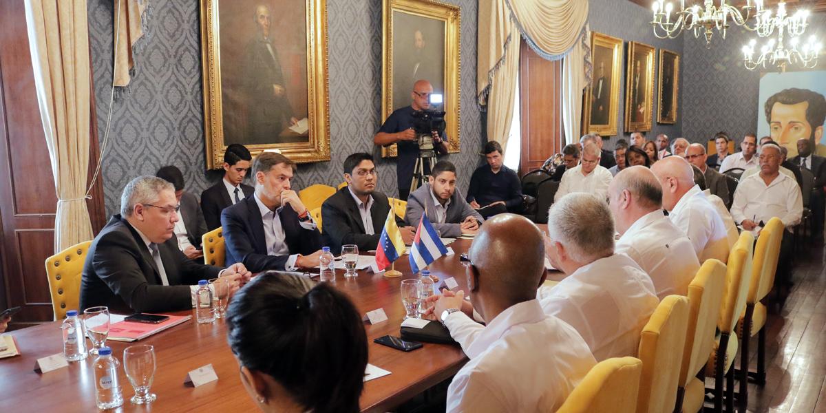 Convenio Integral de Cooperación Cuba-Venezuela realiza mesa técnica sobre turismo y comercio exterior