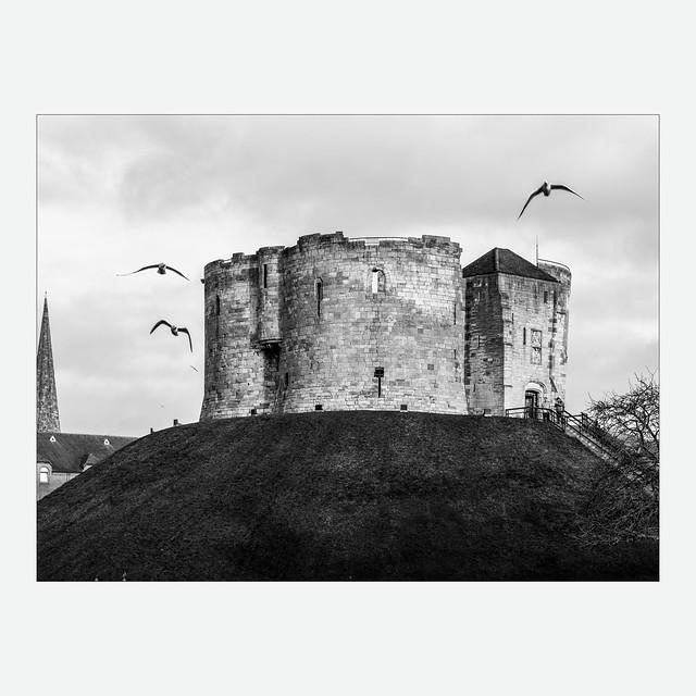 York - Clifford's Tower (LVK wk03)