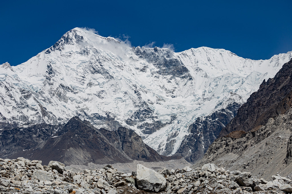 high peaks 009 Cho Oyu from Ngozumba Glacier med