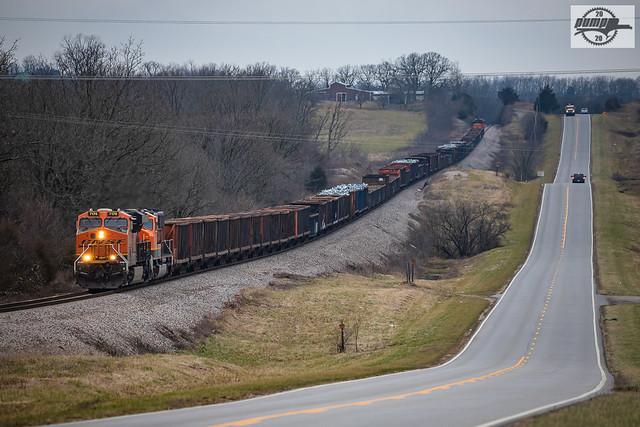 Southbound BNSF Special Unit Train at Dunn, MO