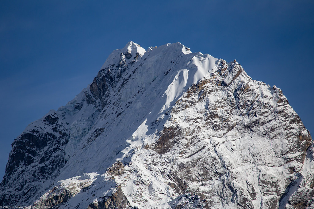 high peaks 010 Lobuche East 01 med