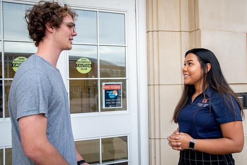 Jaylah Goodson and an Auburn student outside Aubie Hall.