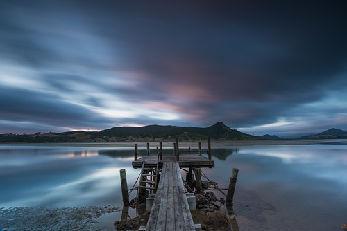 wharf jetty sunrise cloud long exposure water smooth silky nil nikon nature new zealand
