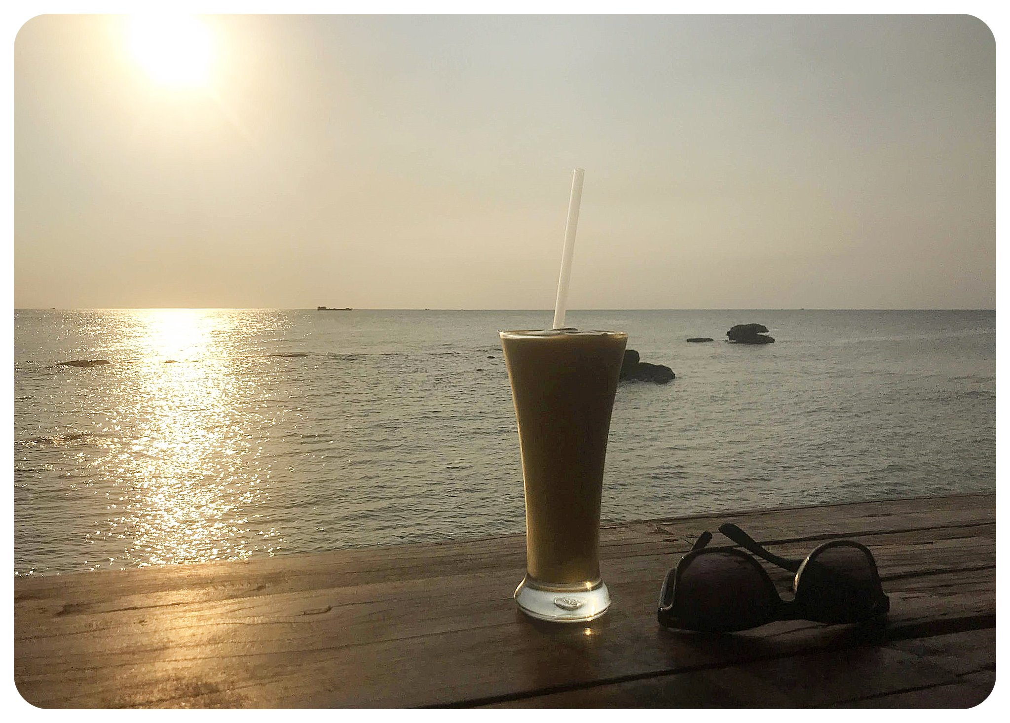 phu quoc sunset cocktail