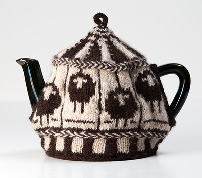 This is the Sheep Carousel Tea Cozy Lee Ann knit for the Tea Cozy class!