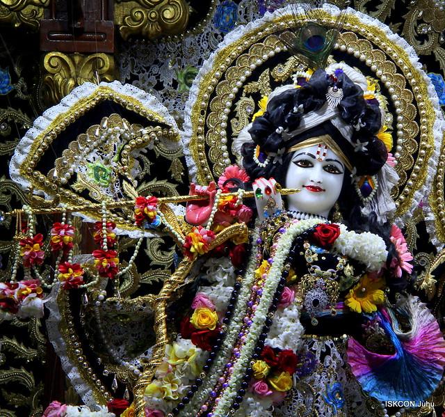 ISKCON Juhu Sringar Deity Darshan on 18th Jan 2020