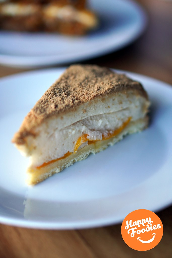 Yani Café Mango Pie
