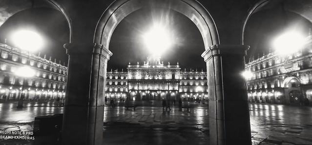 Arcos plaza B&N
