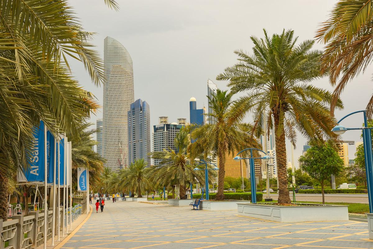 АБУ-ДАБИ: БУДНИ И ПРАЗДНИКИ НЕФТЯНОЙ АРХИТЕКТУРЫ Abu-Dhabi-Architect-(16)