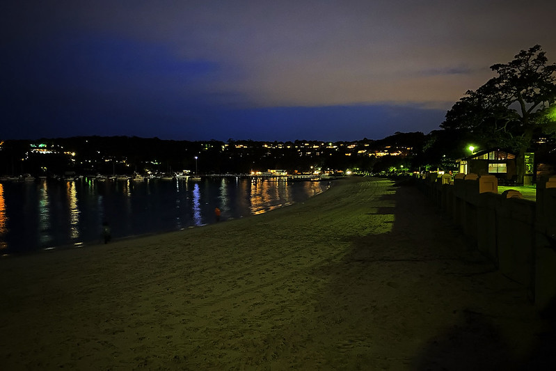 Balmoral Beach night