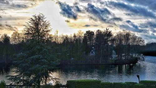 lake water sunset nature sonnenuntergang outdoor landscape waterscape natur winter see clouds sky himmel himmelsbilder light shadow niederrhein deutschland national travel reisen