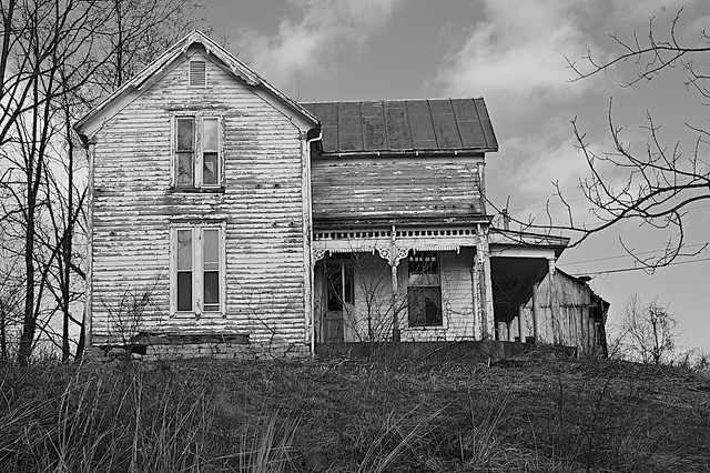 Abandoned farmhouse in rural Ohio