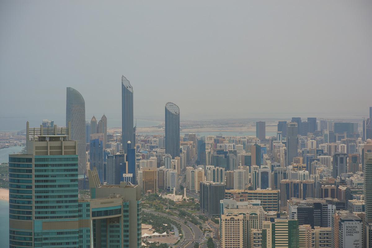 АБУ-ДАБИ: БУДНИ И ПРАЗДНИКИ НЕФТЯНОЙ АРХИТЕКТУРЫ Abu-Dhabi-Architect-(34)