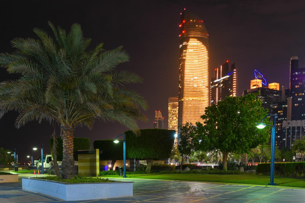АБУ-ДАБИ: БУДНИ И ПРАЗДНИКИ НЕФТЯНОЙ АРХИТЕКТУРЫ Abu-Dhabi-Architect-(26)