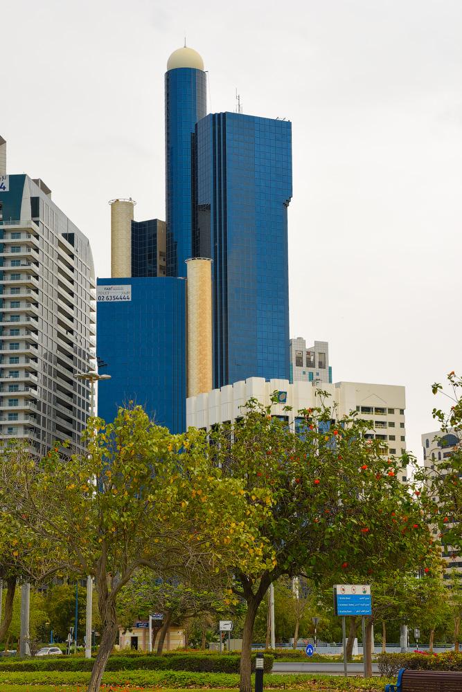 АБУ-ДАБИ: БУДНИ И ПРАЗДНИКИ НЕФТЯНОЙ АРХИТЕКТУРЫ Abu-Dhabi-Architect-(12)