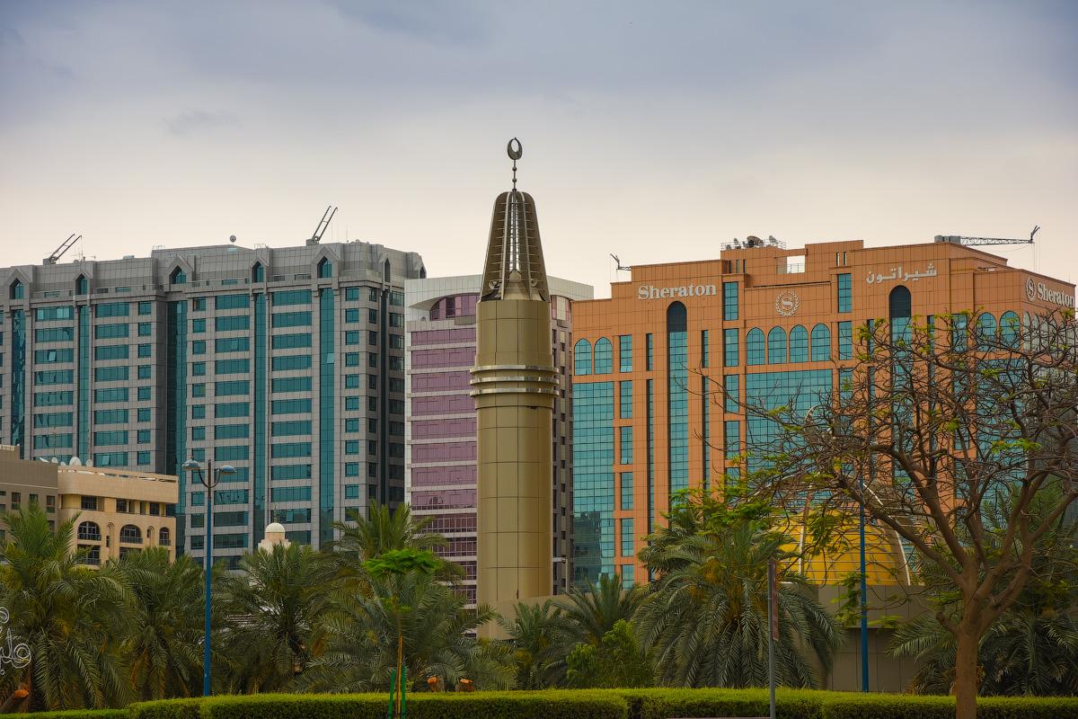 АБУ-ДАБИ: БУДНИ И ПРАЗДНИКИ НЕФТЯНОЙ АРХИТЕКТУРЫ Abu-Dhabi-Architect-(9)