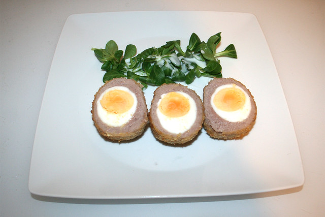 20 - Scotch eggs - Serviert / Served