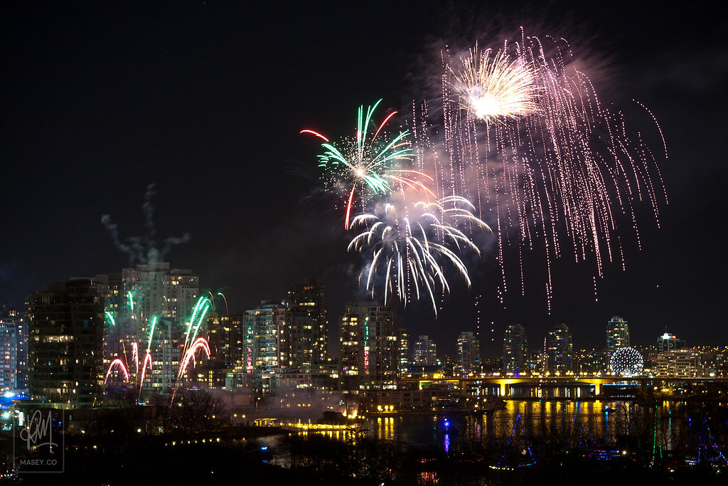 LiveCity Yaletown closing fireworks