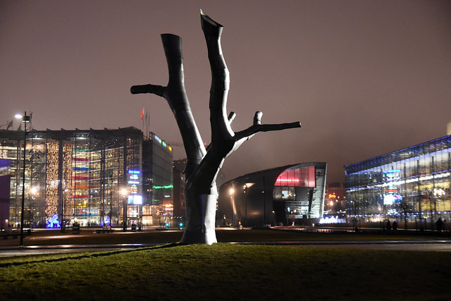 The Armour Tree (Helsinki, 201200106)
