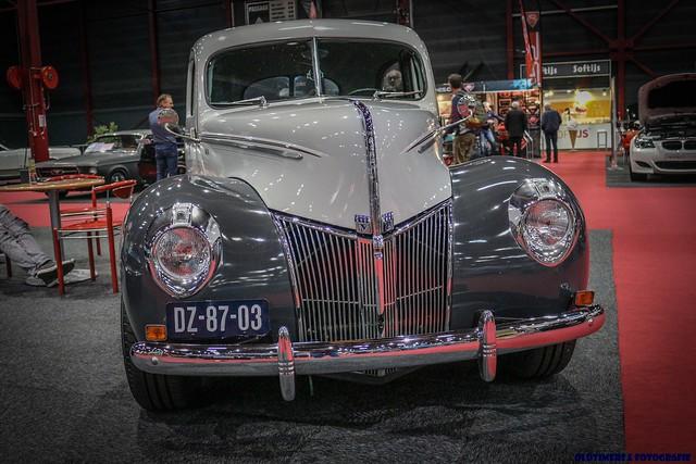 1940 Ford Tudor Sedan 350 V8 Automatic - DZ-87-03