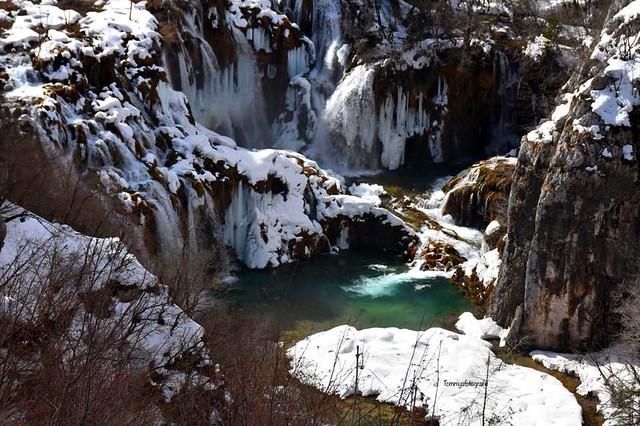 Frozen waterfall in Plitvice Nationalpark