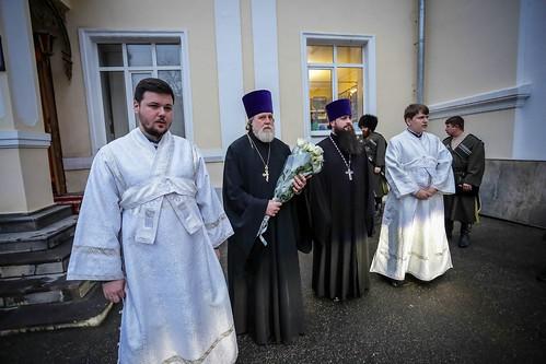 18 января 2020, В канун праздника Крещения Господня митрополит Кирилл совершил всенощное бдение в Андреевском соборе