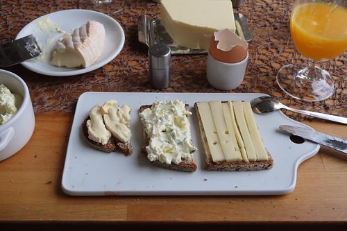 Monsieur Bernhard, Porree-Frischkäse und Alpenstolz auf Majanne-Brot