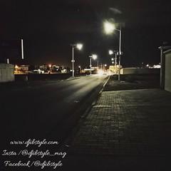 Djib by Night #5 Qui connaît ce lieu ? . . . #travelphotograhy #travel #Djibouti #Weekend #Eastafrica #nightlife #Night #whereisthisplace #Africa