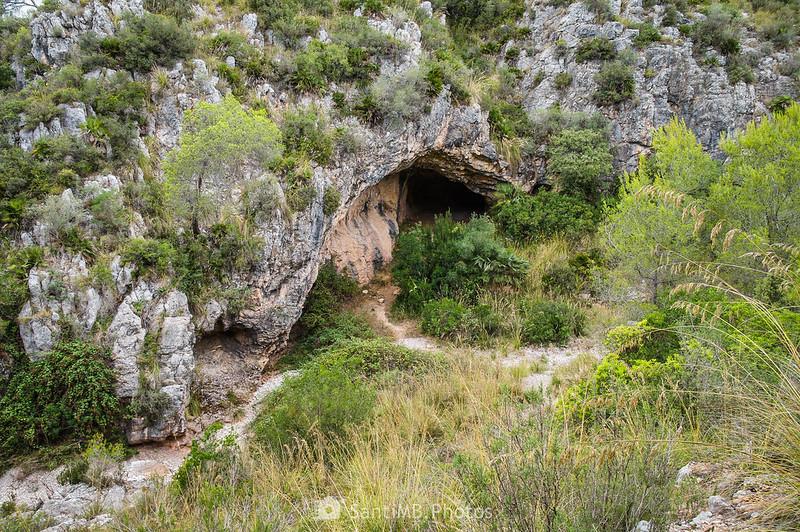 Cova de Cal Muntaner desde el SL-C 100