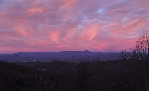 sunrise color blueridge appalachians pink westernnorthcarolina pisgahridge canoneos6d canonef24105mmf4lisusm morning