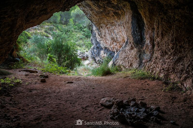 Interior de la Cova de Cal Muntaner
