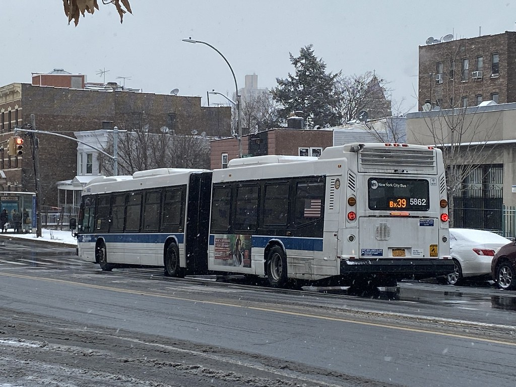 2011 Nova Bus LFSA 5862 - Bx39 To Wakefield-241 St