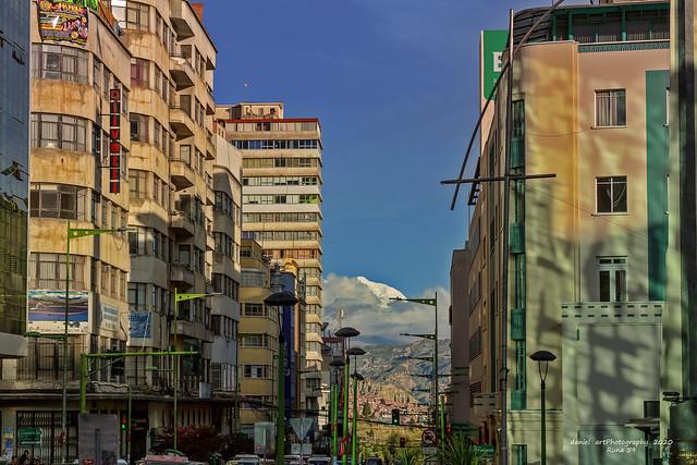Avenida Camacho, La Paz