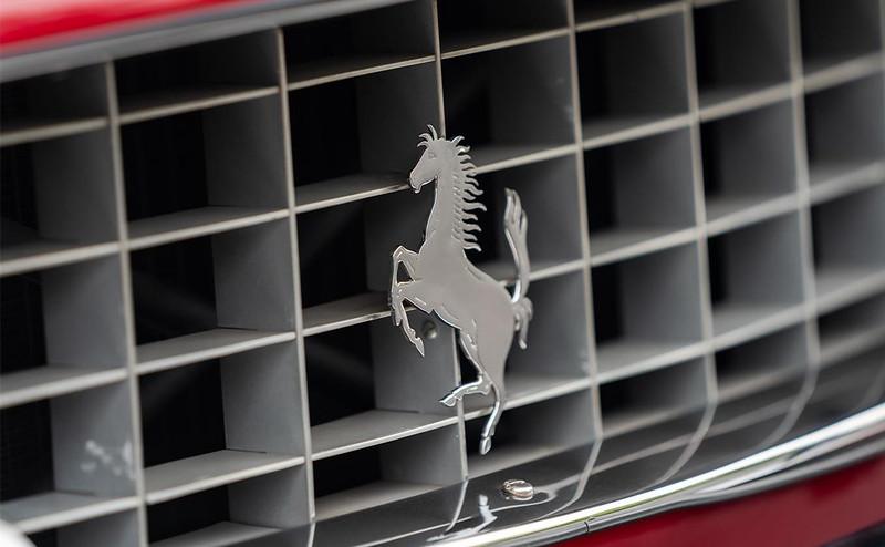 Ferrari-250-GTE-22-6