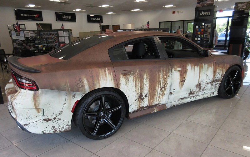 2019-Dodge-Charger-RT-Scat-Pack-RWD-Sedan-with-custom-wrap-13