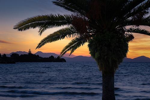 evening lake laketaupo landscape manawatuwanganui mountdoom mountngauruhoe mtngauruhoe nature newzealand northisland ruapehu sunset taupo tongarironationalpark waikato nz