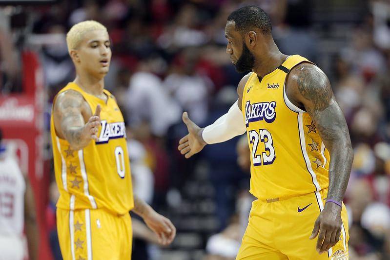 LeBron James(右)與Kyle Kuzma。(達志影像)