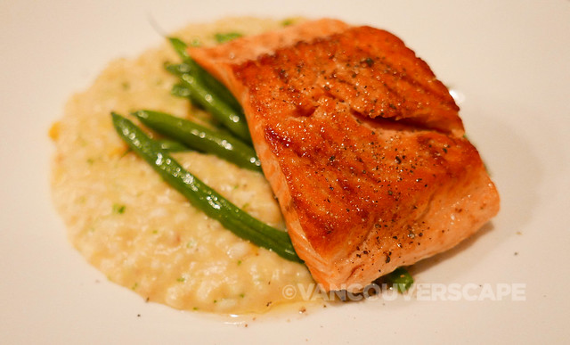 Steelhead Trout, lobster bisque risotto, roasted corn, French beans