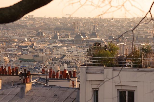 129 Paris Janvier 2020 - les toits de Paris depuis la Butte Montmartre, le Louvre, l'église Saint-Germain des Près, l'église Saint-Sulpice