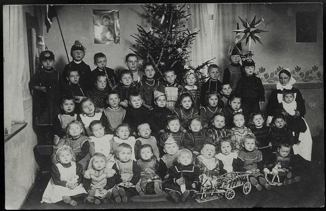 ArchivV20  Ramsdorfer Kleinkinderschule (back), 29. Januar 1909