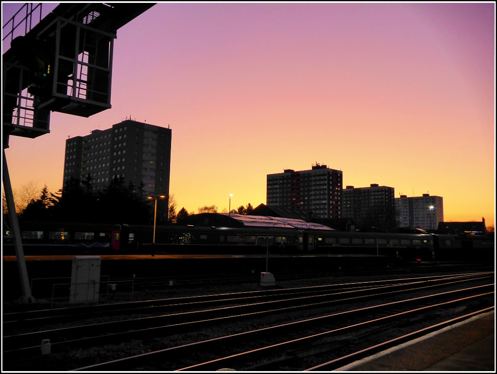 Sunset over Central Hull ...