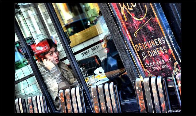 Les petits cafés de Paris